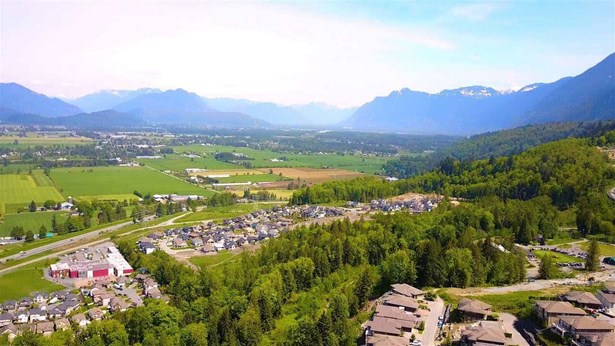 111 51075 Falls Court, Chilliwack, BC - CAN (photo 4)
