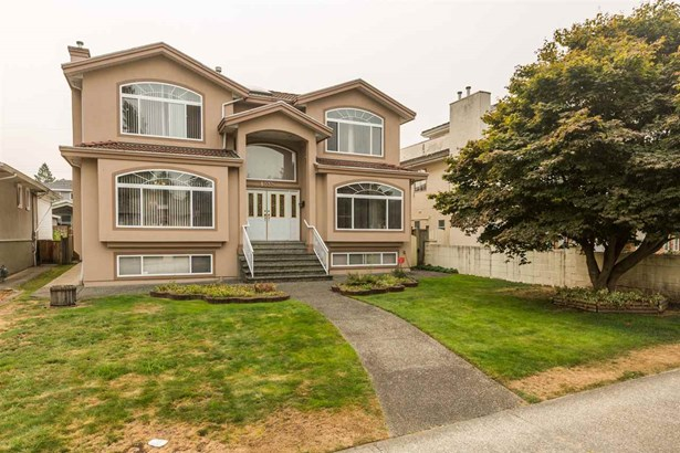 8032 18th Avenue, Burnaby, BC - CAN (photo 1)