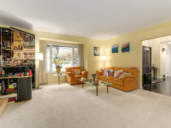 5520 Cliffridge Place, North Vancouver, BC - CAN (photo 4)