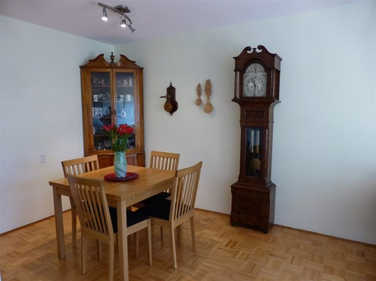 210 120 E 4th Street, North Vancouver, BC - CAN (photo 3)