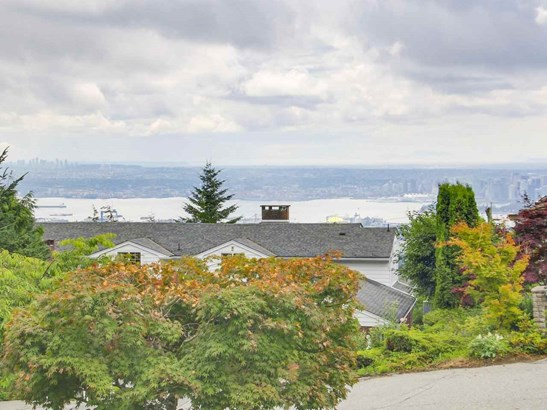 1127 Crestline Road, West Vancouver, BC - CAN (photo 3)