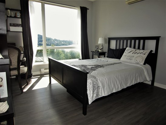 413 3629 Deercrest Drive, North Vancouver, BC - CAN (photo 4)