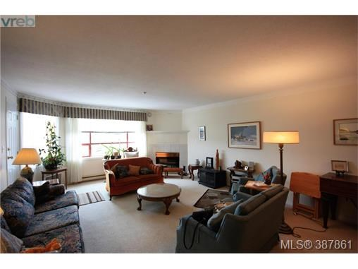 303 9711 Fifth St, Sidney, BC - CAN (photo 2)