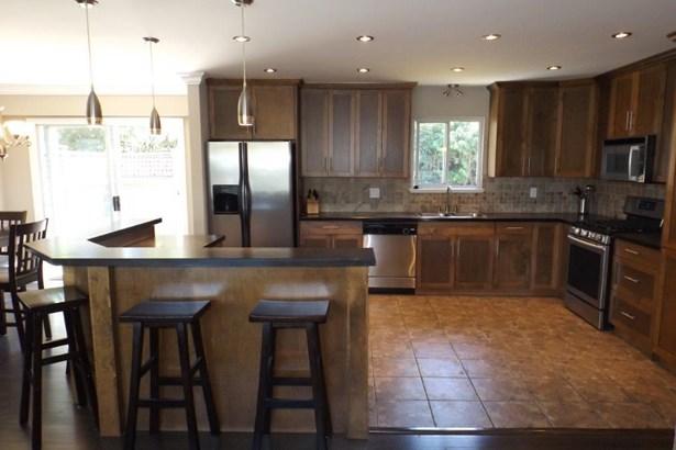 22870 123 Avenue, Maple Ridge, BC - CAN (photo 5)