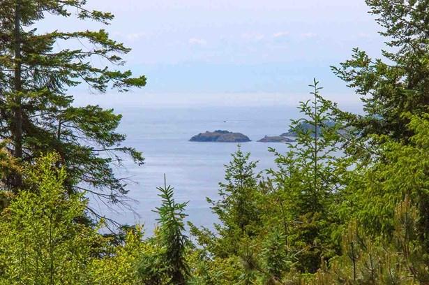 1569 White Sails Drive, Bowen Island, BC - CAN (photo 2)