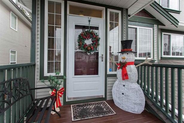24137 102b Avenue, Maple Ridge, BC - CAN (photo 2)