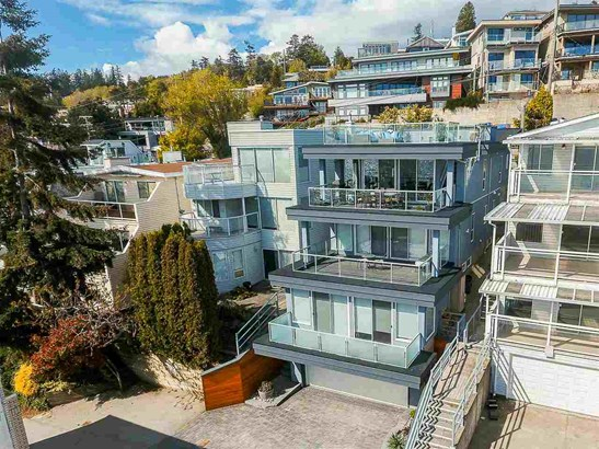 15056 Victoria Avenue, White Rock, BC - CAN (photo 2)