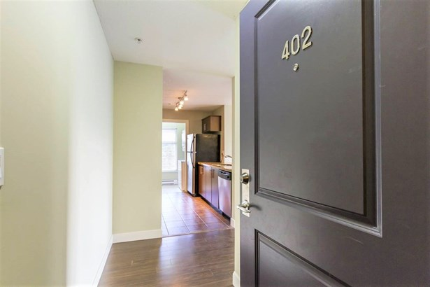 402 3240 St Johns Street, Port Moody, BC - CAN (photo 1)