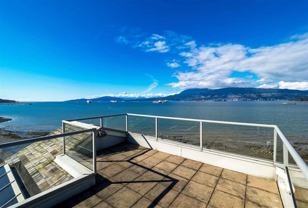 2707 Point Grey Road, Vancouver, BC - CAN (photo 1)