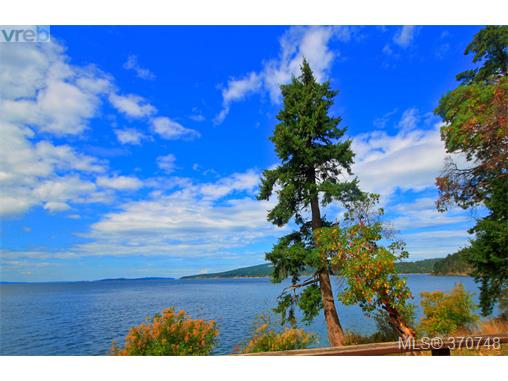 132 Narrows West Rd, Salt Spring Island, BC - CAN (photo 2)