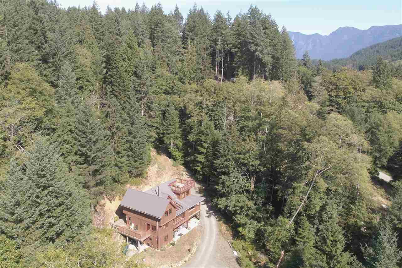 648 Buchanan Road, Bowen Island, BC - CAN (photo 1)
