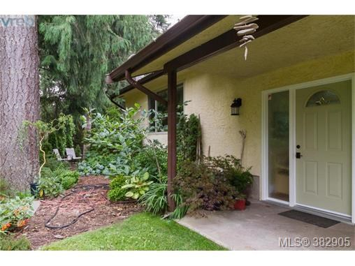 2397 French Rd, Sooke, BC - CAN (photo 2)