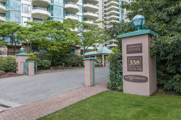 11c 338 Taylor Way, West Vancouver, BC - CAN (photo 1)