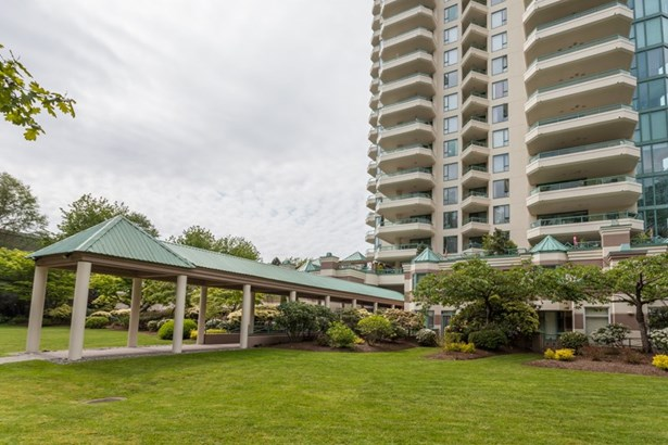 11c 338 Taylor Way, West Vancouver, BC - CAN (photo 2)