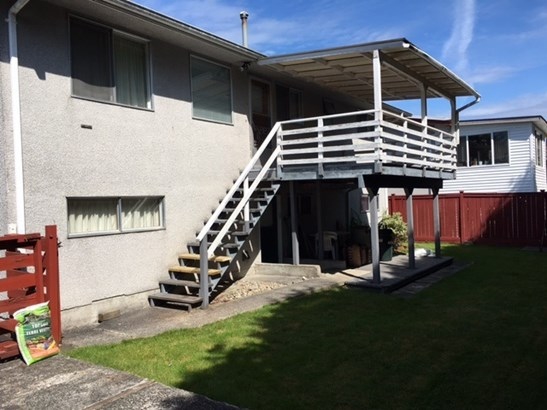 8064 112 Street, Delta, BC - CAN (photo 2)