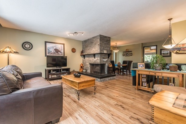 40452 Skyline Drive, Squamish, BC - CAN (photo 3)