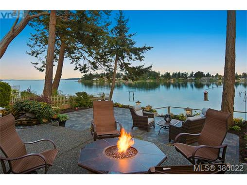 A 10467 Allbay Rd, Sidney, BC - CAN (photo 1)