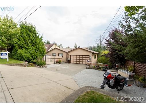 307 Six Mile Rd, View Royal, BC - CAN (photo 4)