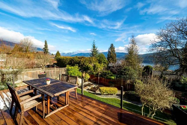 4219 Glenhaven Crescent, North Vancouver, BC - CAN (photo 2)