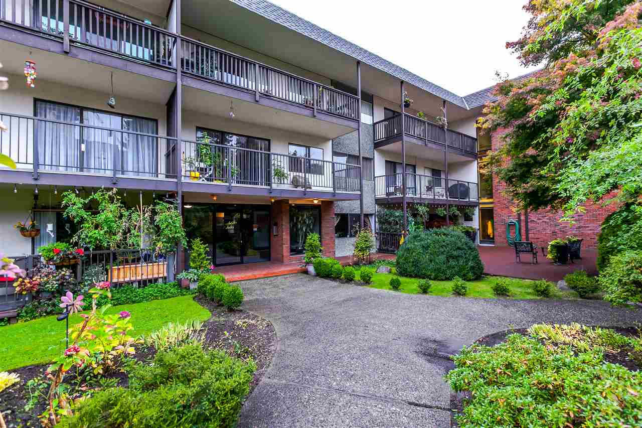 206 155 E 5th Street, North Vancouver, BC - CAN (photo 1)
