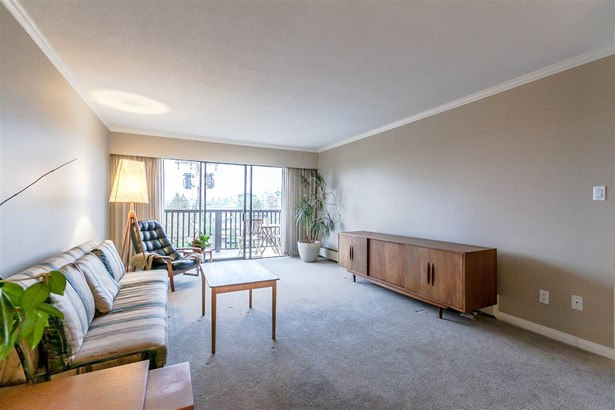 206 155 E 5th Street, North Vancouver, BC - CAN (photo 5)