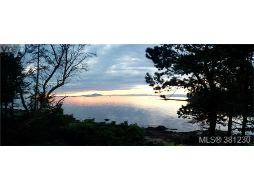21 Malaspina Dr, Zone 10 - Islands, BC - CAN (photo 1)