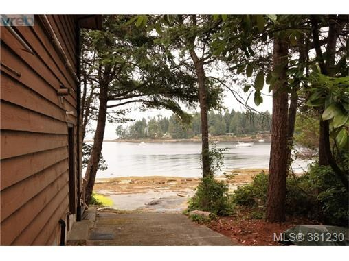 21 Malaspina Dr, Zone 10 - Islands, BC - CAN (photo 4)