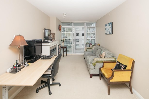 2209 888 Carnarvon Street, New Westminster, BC - CAN (photo 3)