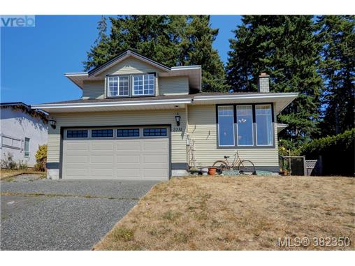 2231 Tara Pl, Sooke, BC - CAN (photo 1)