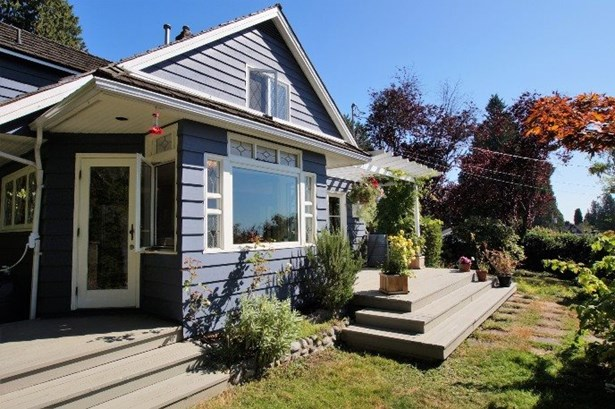 1425 28th Street, West Vancouver, BC - CAN (photo 2)
