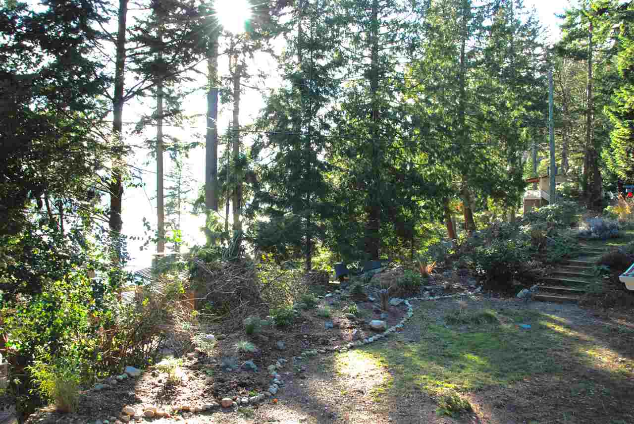 150 Bannister Road, Bowen Island, BC - CAN (photo 4)