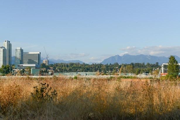 111 10033 River Drive, Richmond, BC - CAN (photo 1)