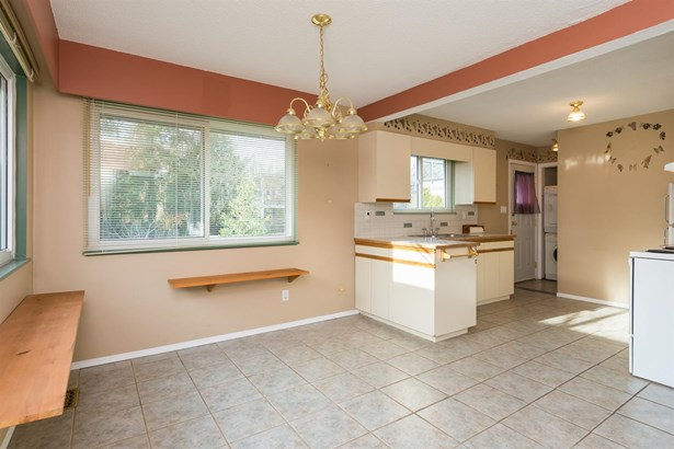 1061 Stayte Road, White Rock, BC - CAN (photo 3)
