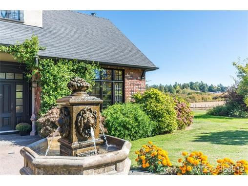 10125 Meadland Rd, North Saanich, BC - CAN (photo 4)