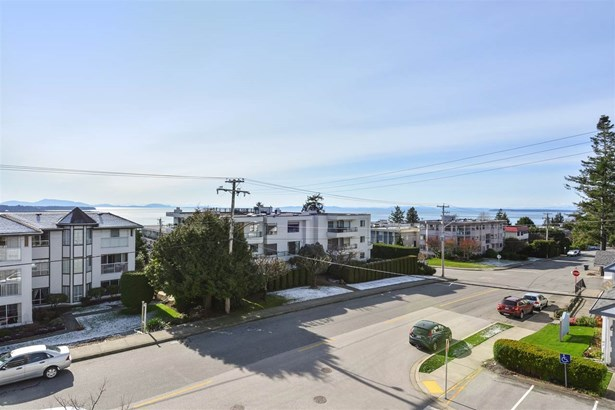 204 1333 Winter Street, White Rock, BC - CAN (photo 5)