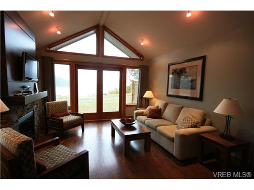 109c 494 Arbutus Dr, Mayne Island, BC - CAN (photo 1)