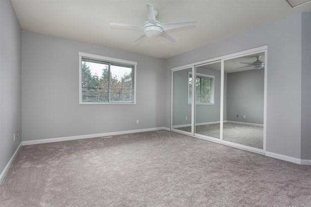 22950 Purdey Avenue, Maple Ridge, BC - CAN (photo 2)