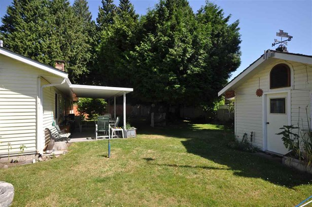 1666 138a Street, Surrey, BC - CAN (photo 3)