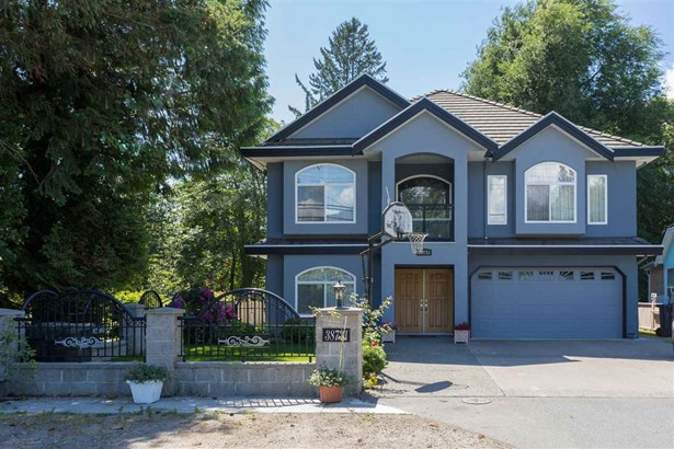 38731 Buckley Avenue, Squamish, BC - CAN (photo 3)