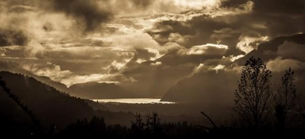 40534 Thunderbird Ridge, Squamish, BC - CAN (photo 1)