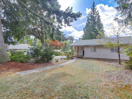 893 E 13th Street, North Vancouver, BC - CAN (photo 1)