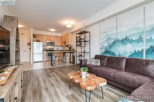2409 Bevan Ave # 303, Sidney, BC - CAN (photo 5)