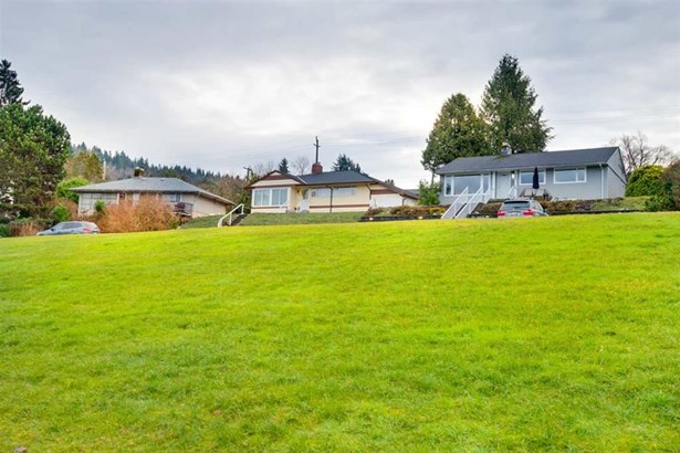 428 Northcliffe Crescent, Burnaby, BC - CAN (photo 2)