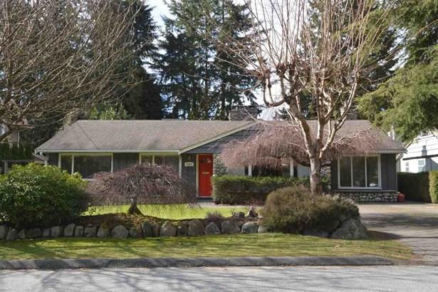 3687 Loraine Avenue, North Vancouver, BC - CAN (photo 1)