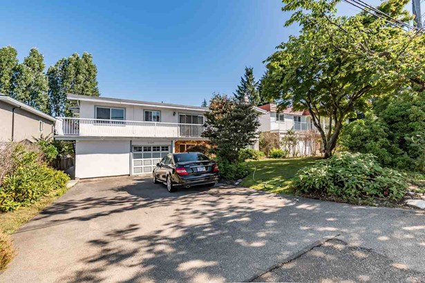 5320 Sussex Avenue, Burnaby, BC - CAN (photo 1)