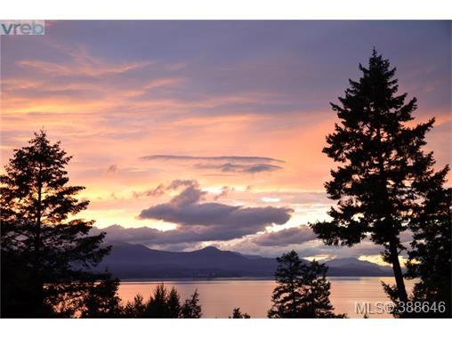 641 Sunset Dr, Salt Spring Island, BC - CAN (photo 1)