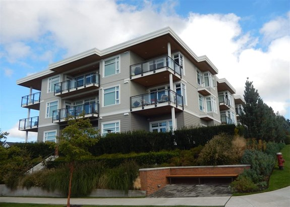204 1333 Winter Street, White Rock, BC - CAN (photo 1)