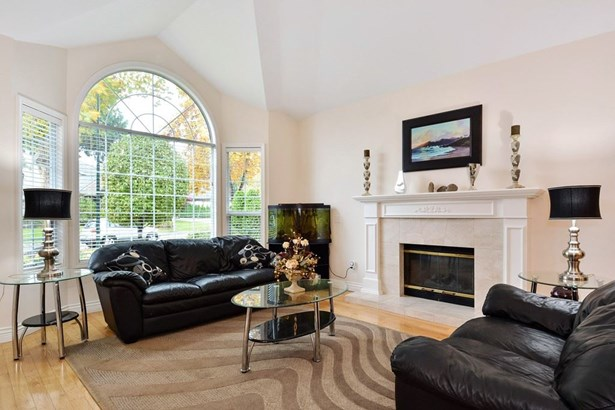 14231 31 Avenue, Surrey, BC - CAN (photo 2)