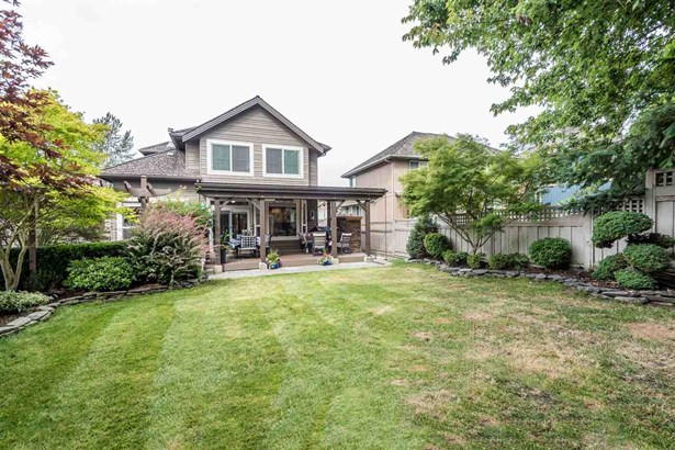 15299 Sequoia Drive, Surrey, BC - CAN (photo 2)
