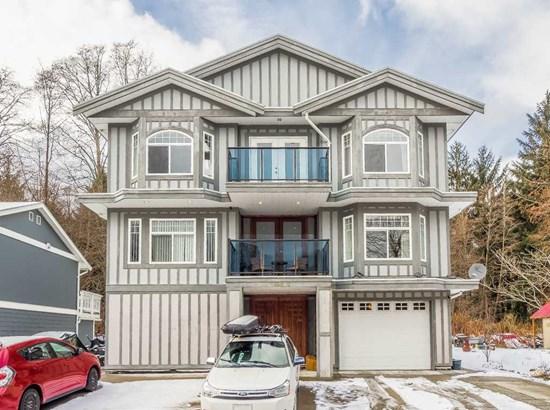 38030 Seventh Avenue, Squamish, BC - CAN (photo 1)